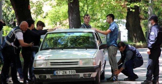 Okul çevrelerinde 292 polisle denetim