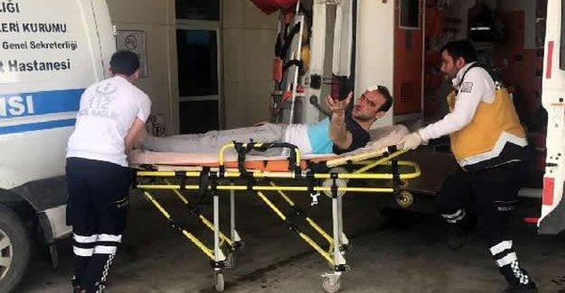 Tabanca kabzesiyle kardeşini yaraladı