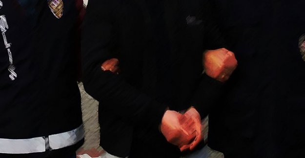 FETÖ operasyonu: 21 gözaltı