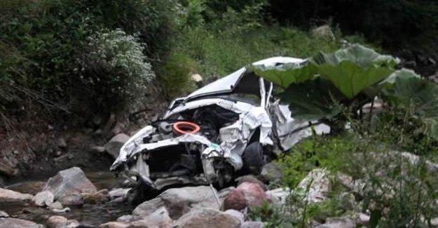 Kayıp sürücü 130 metrelik uçurumda bulundu