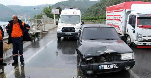 Kırmızı Işıkta Kaza: 1 yaralı