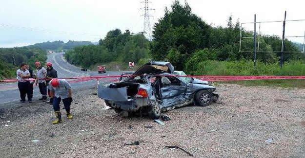 Otomobil ile askeri araç çarpıştı: 1 ölü, 2 yaralı