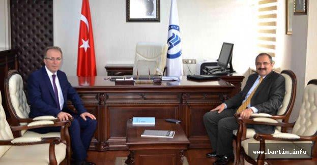 Vali Kaban'dan Rektör Uzun'a ziyaret