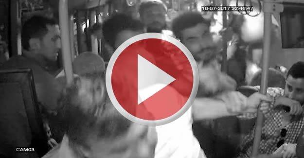Halk otobüsündeki kavga güvenlik kamerasında