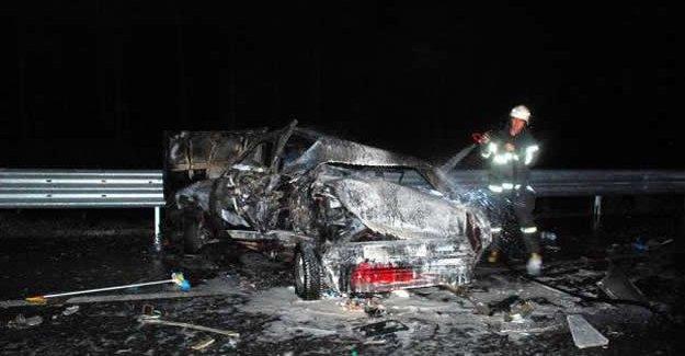 LPG tankı alev alan otomobilde 2 kişi yaralandı
