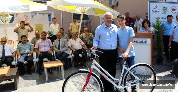 Başkan Karaman'dan 166 Öğrenciye Bisiklet