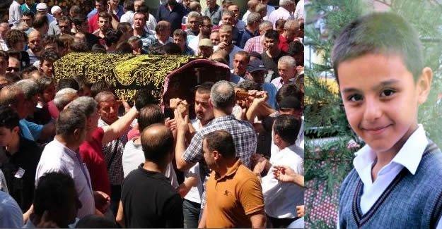 Falezlerden Düşüp Ölen Liseli Genç Gözyaşlarıyla Uğurlandı