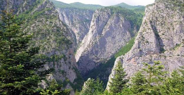 Valla Kanyonu'na 3 kişiden az giriş yasaklandı