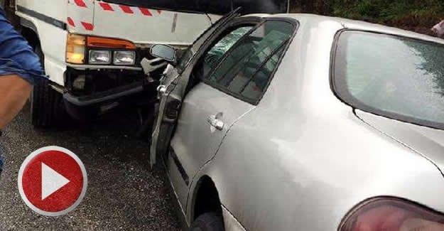 4 araçlı zincirleme kaza araç kamerasında