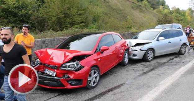 5 araçlı zincirleme kaza: 4 yaralı