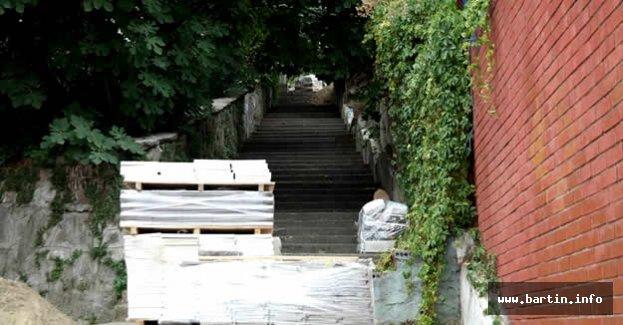 Kırtepe Merdivenleri Yenileniyor
