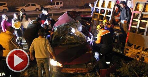 TIR dorsesine çarpan otomobilin sürücüsü öldü