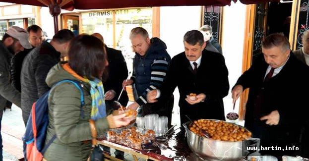 3000 Kişiye Lokma Tatlısı İkram Edildi