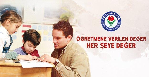 Akça'dan Öğretmenler Günü Mesajı