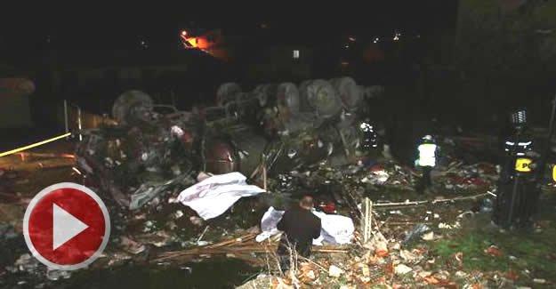Freni boşalan tanker, kahvehaneye girdi: 2 ölü 4 yaralı