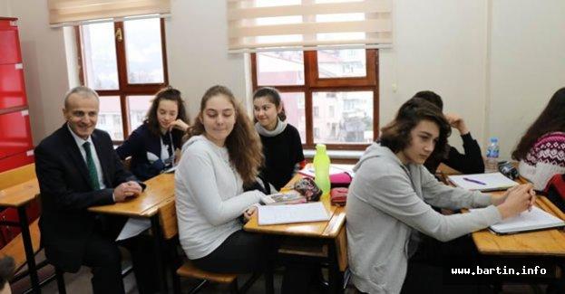 30 Bin 519 Öğrenci Ders Başı Yaptı