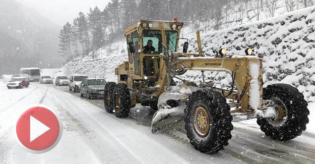 87 köy yolu kardan kapandı