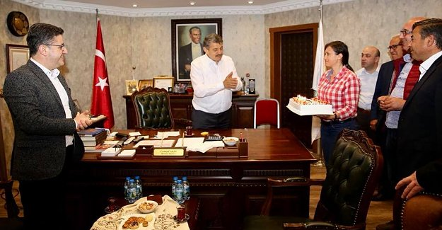 Başkan'a Doğum Günü Süprizi