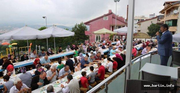 140. Yıl Parkı'nda Vatandaşlarla Kahvaltı