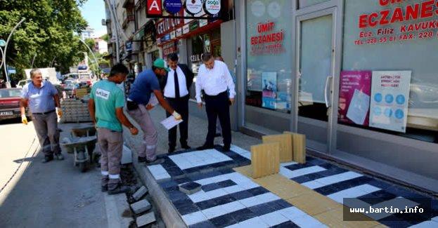 B.Ecevit Caddesi Yeni Yüzüne Kavuşuyor