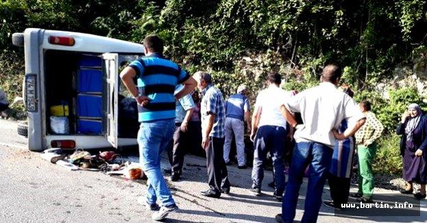 Minibüsün Freni Boşaldı: 8 Yaralı