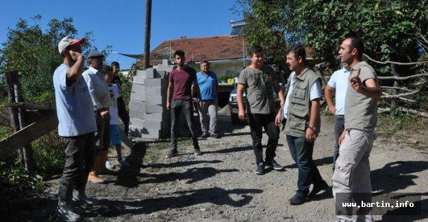 3 Köyü Kurtlar Bastı, 20 Hayvan Telef Oldu