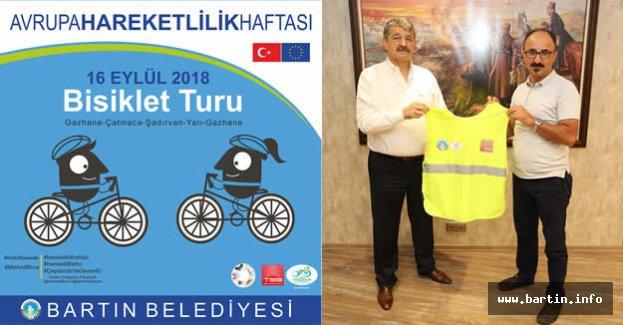 Artar'dan Başkan'a Reflektörlü Yelek