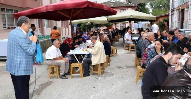 Başkan, Orta Mahalle Sakinleriyle Kahvaltıda
