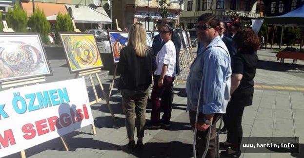 Ressam Dilek Özmen Ulus'ta Sergi Açtı
