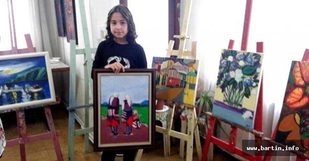 12 Yaşındaki Elif Sergi Açtı