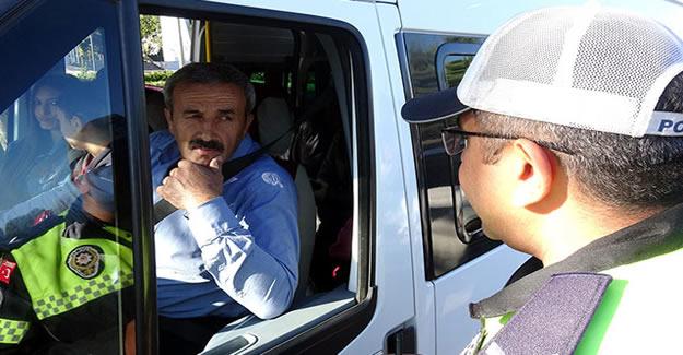 Emniyet Kemeri Takmayan 883 Sürücüye Ceza