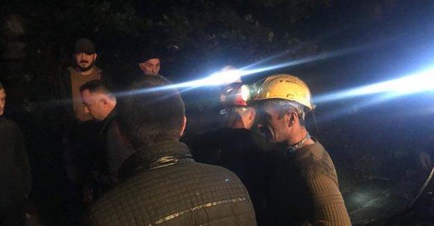 Maden Ocağında Patlama: 3 İşçi Mahsur