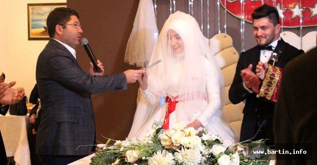 Nikahı Müftü Kıydı, Tunç Şahitlik Yaptı