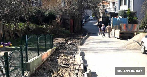 Kırtepe'de Kaldırımlar Yenileniyor