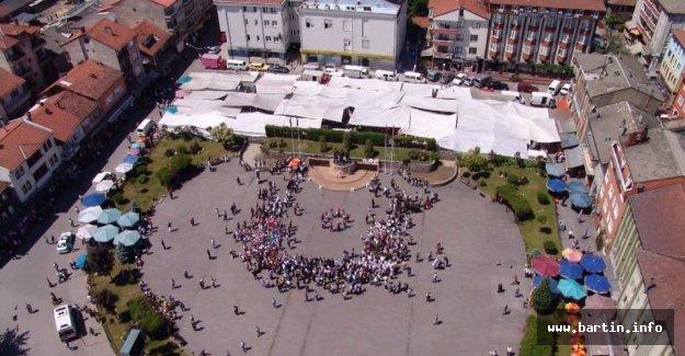 Cumhuriyet Meydanına Ramazan Çadırı