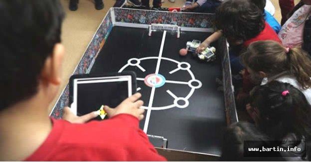 İşte İlk Robot Futbol Turnuvasının Şampiyonu