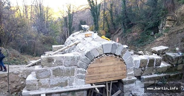 Kemerdere Köprüsü Restore Ediliyor