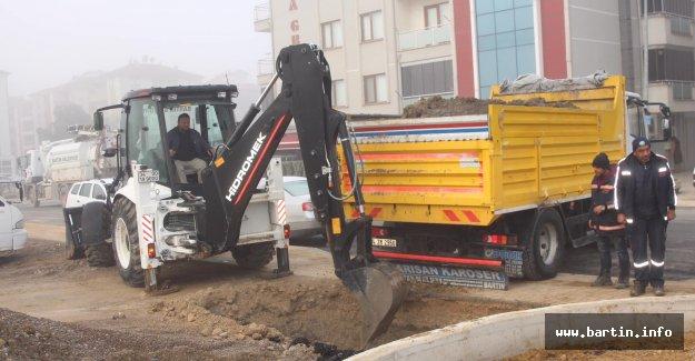 Kemerköprü'de Çöp Konteynerleri Yeraltına Alınıyor
