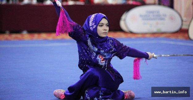 13 Madalyayla Türkiye Şampiyonu Oldular