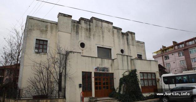 Kilise Restorasyona Giriyor
