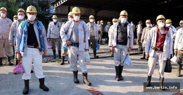 Madenciler tedbirlerle işbaşı yaptı