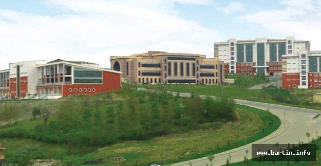 3 Yılda 3 Bin 879 Üniversiteyi Geride Bıraktık