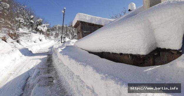 Bartın'da Kapalı Köy Yolu Kalmadı