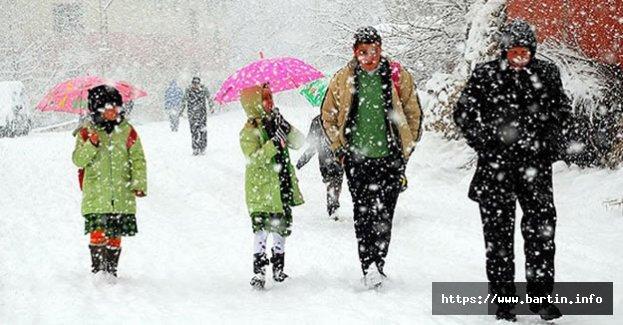 Köy Okullarına Kar Tatili