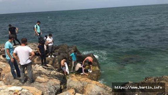 Selfie çekerken denize düştü