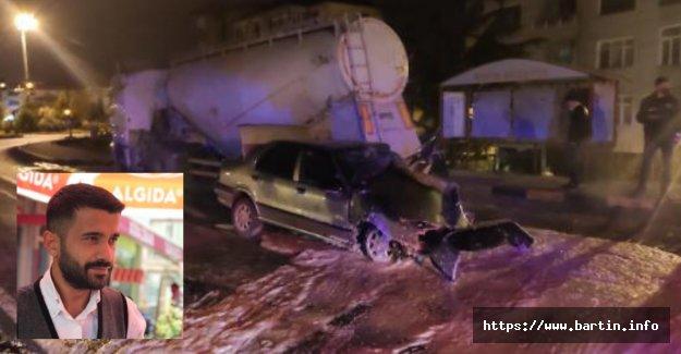 TIR'a Arkadan Çarpan Araç Sürücüsü Öldü