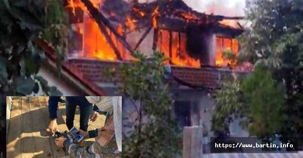 Yangından Kurtarılan Altınlar Genç Kıza Teslim Edildi