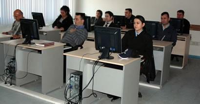 44 personele Personel Bilgi Sistemi Eğitimi