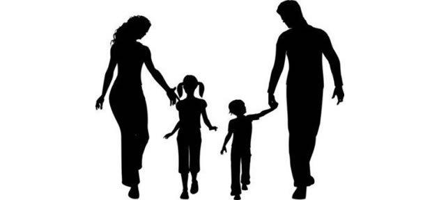Ailede sorun varsa, çocuk dışarıda çevre yapmaya çalışır
