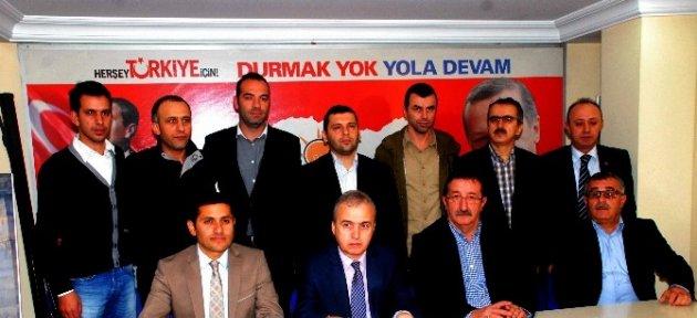 Ak Parti Belediye Meclis Üyeleri, Başkan Akdemir'i Eleştirdi